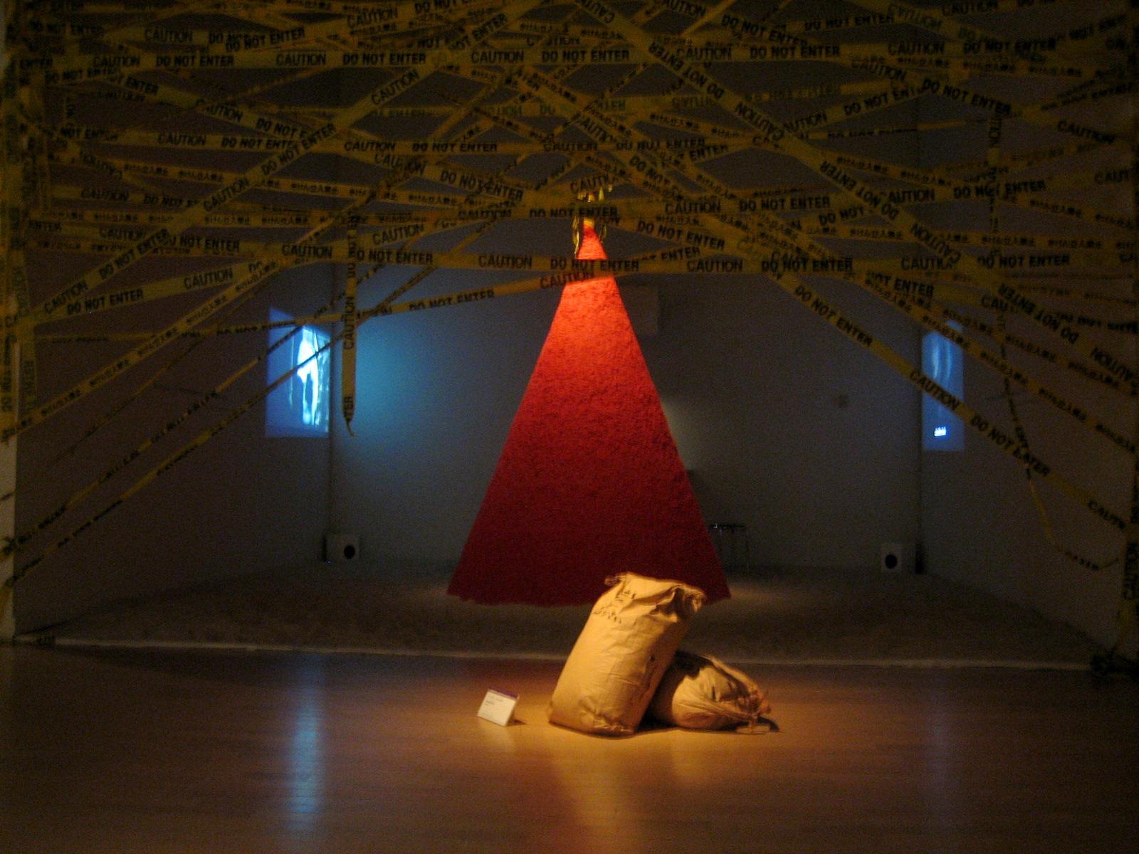 太郎美術館(現代美術展) 027
